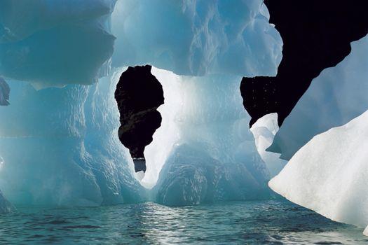Large blue iceberg melting