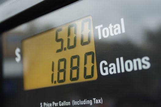Electronic gas petrol pump displaying the petrol meter