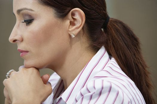 Business woman concentrating on work
