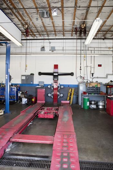 Empty hoist in car workshop
