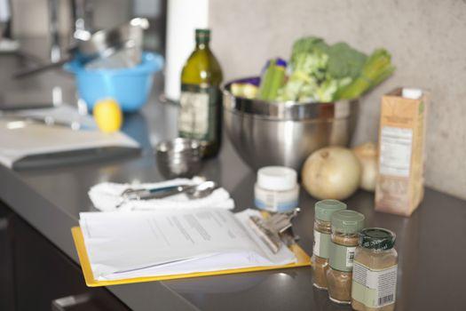 Salad ingredients and seasonings
