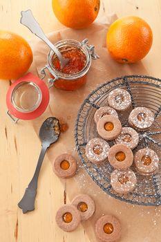 Jam-filled cookies