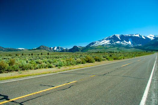 June Lake Loop highway