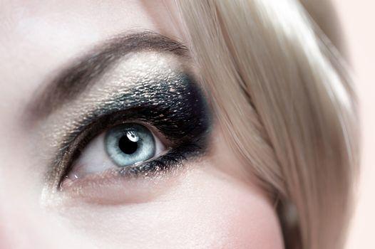 Fashionable makeup