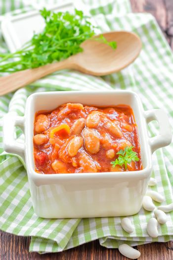 Beans with vegetables