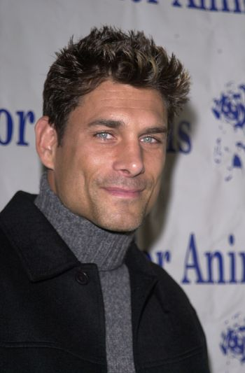 James Hyde at the Actors and Others for Animals benefit, Universal City, 10-21-00