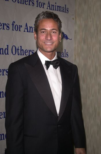 Greg Luganis at the Actors and Others for Animals benefit, Universal City, 10-21-00