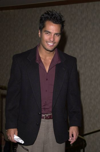 Jose Solano at the Actors and Others for Animals benefit, Universal City, 10-21-00