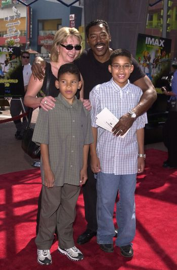 """Ernie Hudson and family at the premiere of the Imax special effects spectacular """"Cyberworld 3D"""" at Universal Studios Hollywood, 10-01-00"""
