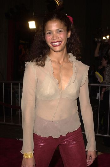 """Lourdes Benedicto at the premiere of Artisan Entertainment's """"BLAIR WITCH 2: Book Of Shadows"""" at the Chinese Theater, Hollywood, 10-23-00"""