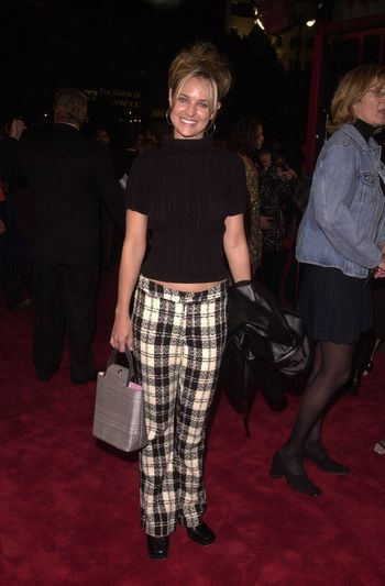 """Sharon Case at the premiere of Artisan Entertainment's """"BLAIR WITCH 2: Book Of Shadows"""" at the Chinese Theater, Hollywood, 10-23-00"""