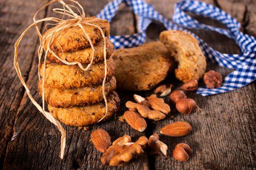 Nuts cookies