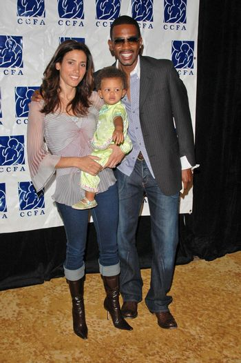 6th Annual Lullabies & Luxuries Luncheon and fashion Show