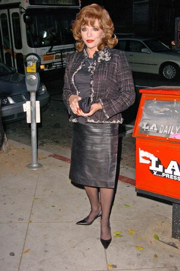 Joan Collins Bookstore Appearance at BookSoup