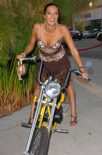 Adrianne Curry At A Mid Summer Night's Dream VIP reception and food tasting, Citrine Restaurant, West Hollywood, CA 08-03-05
