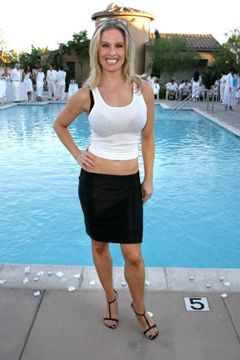 Diane Klimaszewski, who along with sister Elain have just launched Twins TV at the White Summer Pamper Party Hosted by G Report Magazine and H2O Skin Spa, Private Location, Porter Ranch, CA 07-31-05
