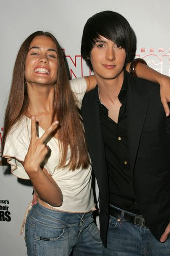 Katie Chonacas and Chad Rogers at the In Touch Presents Pets And Their Stars Party, Cabana Club, Hollywood, CA 09-21-05