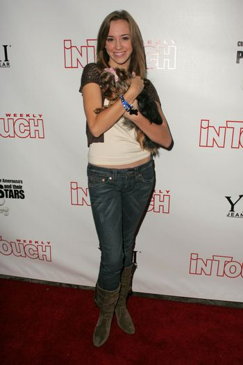 Andrea Bowen at the In Touch Presents Pets And Their Stars Party, Cabana Club, Hollywood, CA 09-21-05