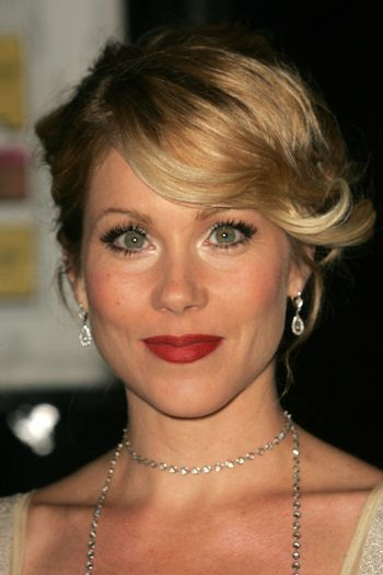 Christina Applegate at the 2nd Annual A Fine Romance, Hollywood and Broadway Musical Fundraiser. Sunset Gower Studios, Hollywood, CA. 11-18-06