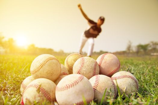 Baseball players to practice pitching outside