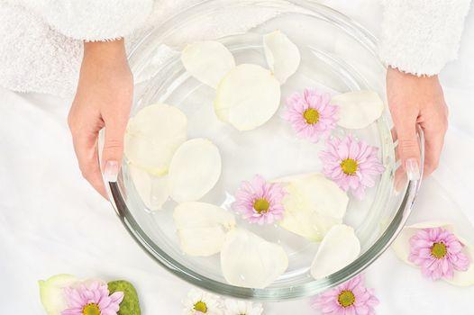 petal bath