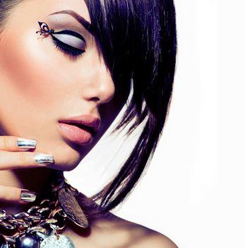 Fashion Model Girl Portrait. Trendy Hair Style