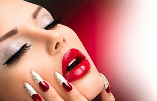 Fashion Beauty Model Girl. Manicure and Make-up. Nail art