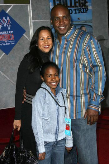 Barry Bonds and family /ImageCollect