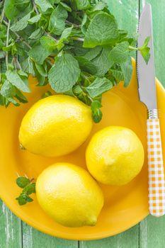 Lemons and mint