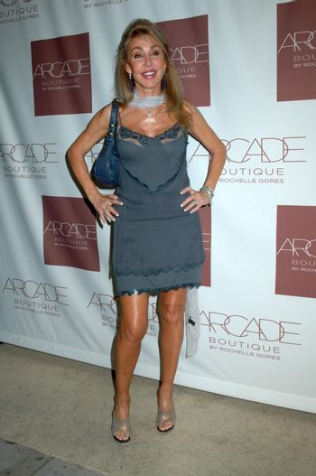 Linda Thompson at the Grand Opening of Arcade Boutique. Arcade Boutique, Los Angeles, CA. 10-23-08/ImageCollect