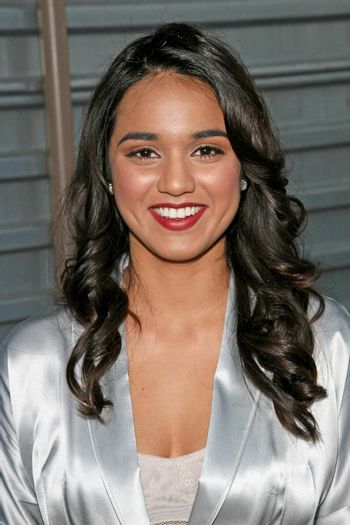 Summer Bishil  at Hollywood Life Magazine's 10th Annual Young Hollywood Awards. Avalon, Hollywood, CA. 04-27-08