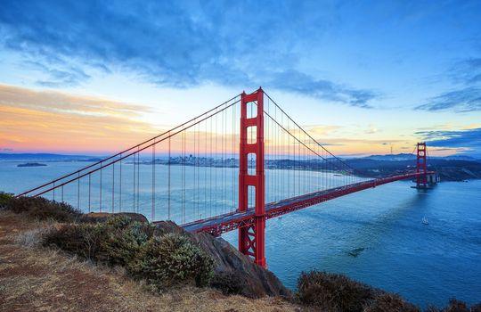 Famous Golden Gate Bridge, San Francisco