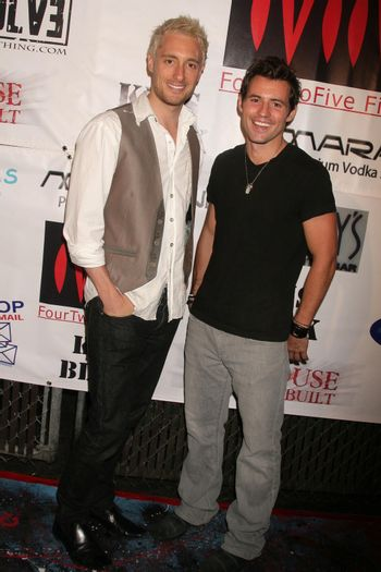 Paul Ashton and Kris Black at the Opening of 'The Abstract Art of Kris Black' benefitting Survivors of Sexual Abuse. Stanley's Restaurant and Bar, Sherman Oaks, CA. 05-21-09/ImageCollect