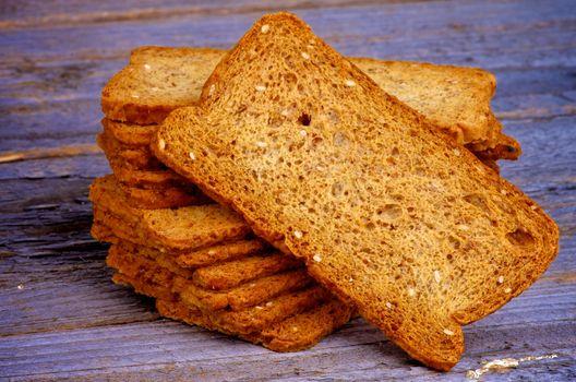 Crunchy Bread Slices