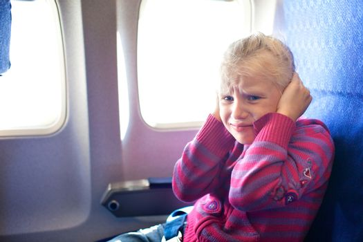 child crying in the airplane