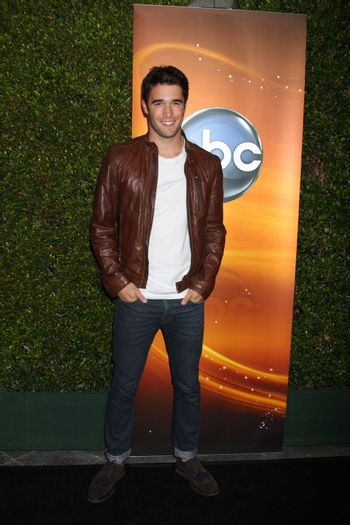 Joshua Bowman at the ABC Sunday Night Dramas Meet Up, featuring casta from Once Upon A Time, Revenge and 666 Park Avenue, Lexington Social House, Hollywood, CA 09-28-12/ImageCollect