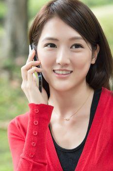 talk on cellphone