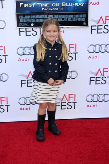 """Mia Talerico at the AFI FEST """"Mary Poppins"""" 50th Anniversary Commemoration Screening, Chinese Theater, Hollywood, CA 11-09-13/ImageCollect"""