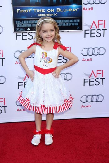 """Mckenna Grace at the AFI FEST """"Mary Poppins"""" 50th Anniversary Commemoration Screening, Chinese Theater, Hollywood, CA 11-09-13/ImageCollect"""
