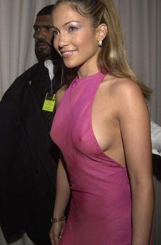 Jennifer Lopez at the 2000 Alma Awards, in Pasadena, 04-16-00