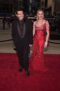 Antonio Banderas and Melanie Griffith at the 2000 Alma Awards, in Pasadena, 04-16-00