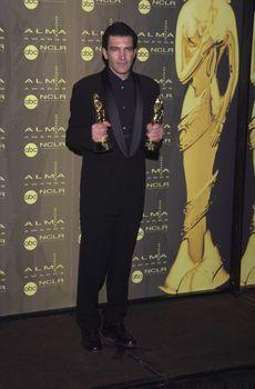 Antonio Banderas at the 2000 Alma Awards, in Pasadena, 04-16-00