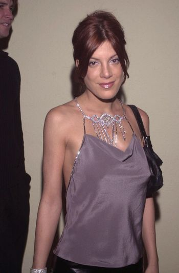 """Tori Spelling at the """"Beverly Hills 90210"""" series wrap party in Hollywood, 04-04-00"""