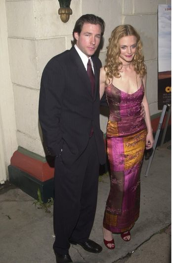 """Edward Burns and Heather Graham at the premiere of Miramax's """"COMMITTED"""" in Westwood, 04-18-00"""