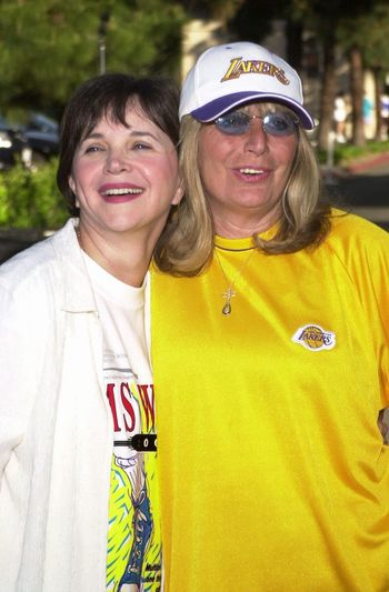 """Cindy Williams and Penny Marshall at the MS Walk 2000, where the cast of """"Laverne and Shirley"""" reunited. Burbank, 04-09-00"""
