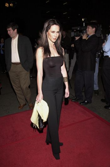 """Jennifer Love Hewitt at the """"Party Of Five"""" series wrap party, Hollywood, 04-06-00"""