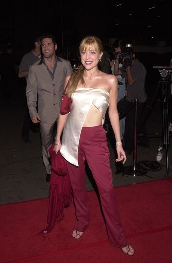 """Jennifer Aspen at the """"Party Of Five"""" series wrap party, Hollywood, 04-06-00"""