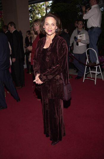 Valerie Harper at the 4th Annual Raul Julia Ending Hunger Fund Benefit, Beverly Hills, 04-30-00
