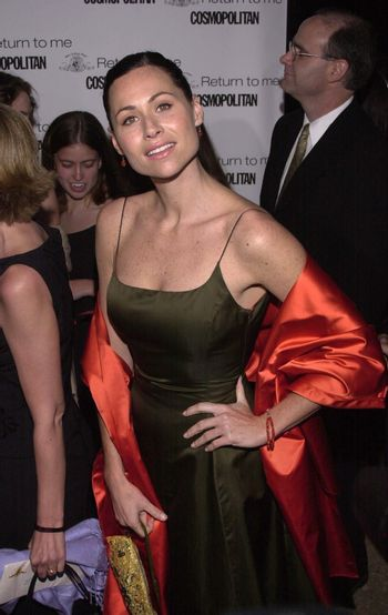 """Minnie Driver at the premiere of MGM's """"RETURN TO ME"""" in Century City, 04-03-00"""