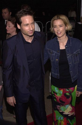 """David Duchovny and Tea Leoni at the premiere of MGM's """"RETURN TO ME"""" in Century City, 04-03-00"""